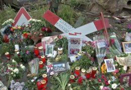 Nach tödlichem Unfall – Trauerfeier am Bahnübergang
