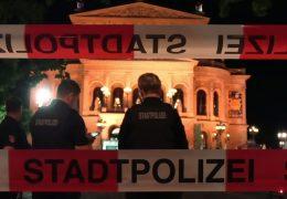 Proteste auf dem Opernplatz