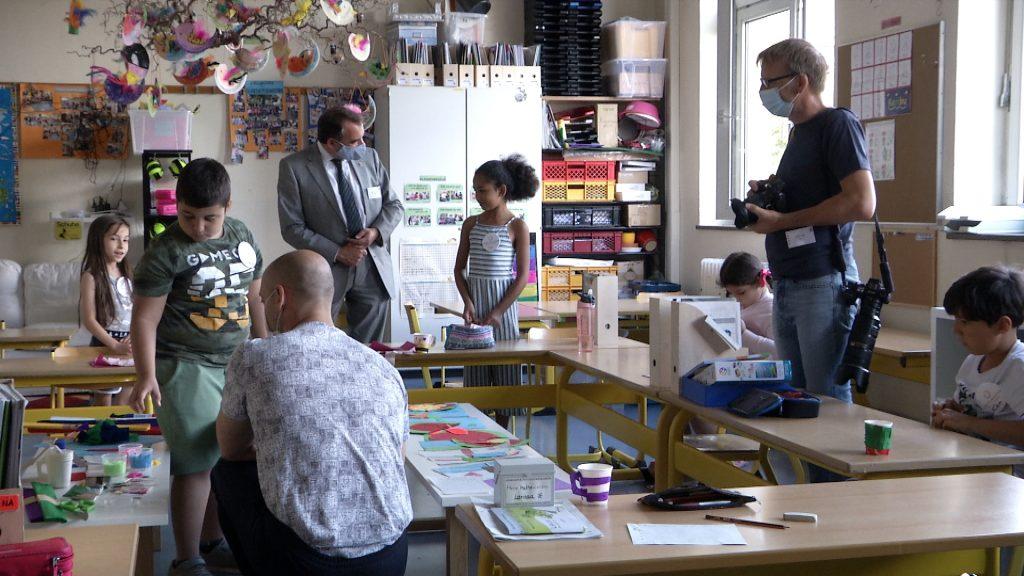 Schule statt Ferien -  Sommerferiencamp in Frankfurt