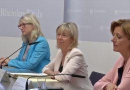 Neue Schulden: Kabinett stellt Haushaltsenwurf 2021 vor