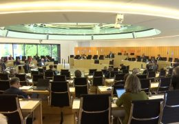 Landtag Hessen: Debatte über Korruptionsaffäre in der hessischen Justiz