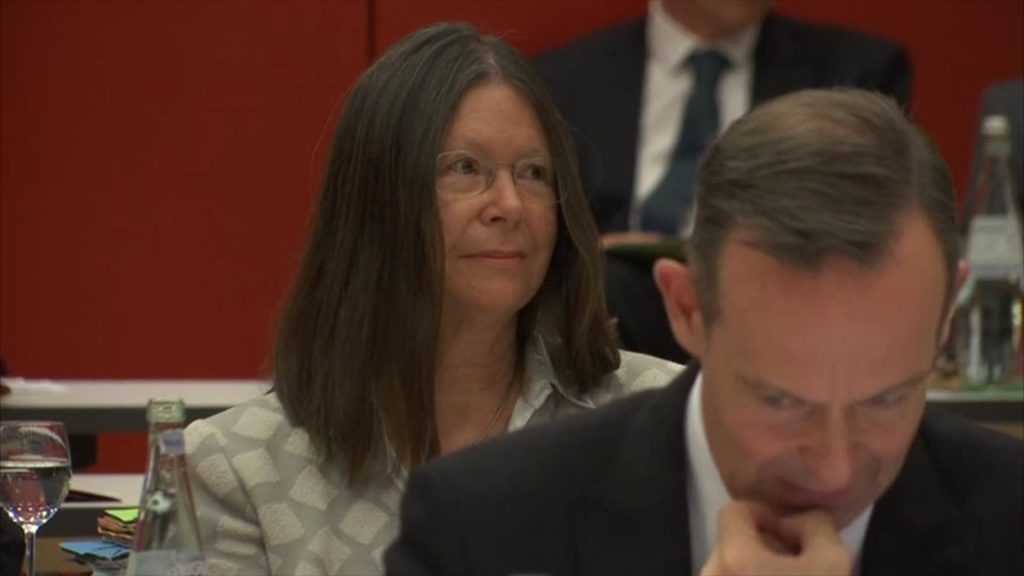 Umweltministerin wegen willkürlicher Beförderungen in der Kritik