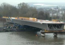 Schiersteiner Brücke bekommt letztes Bauteil