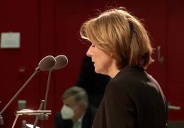 Regierungserklärung von Ministerpräsidentin Dreyer: Doch kein Wechselunterricht ab Montag