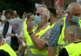 Busfahrer streiken für höhere Löhne