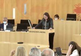 Hessischer Landtag streitet: Wie geht es an Schulen und Kitas nach den Sommerferien weiter?