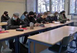 Nach den Sommerferien erst einmal Maskenpflicht in Hessens Schulen
