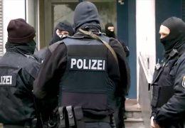 Kommission rät: Polizeibewerber genauer unter die Lupe nehmen