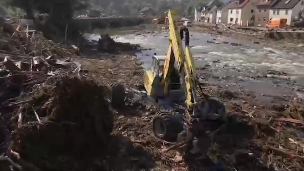 Aufbau der zerstörten Infrastruktur kosten dreistelligen Millionenbetrag
