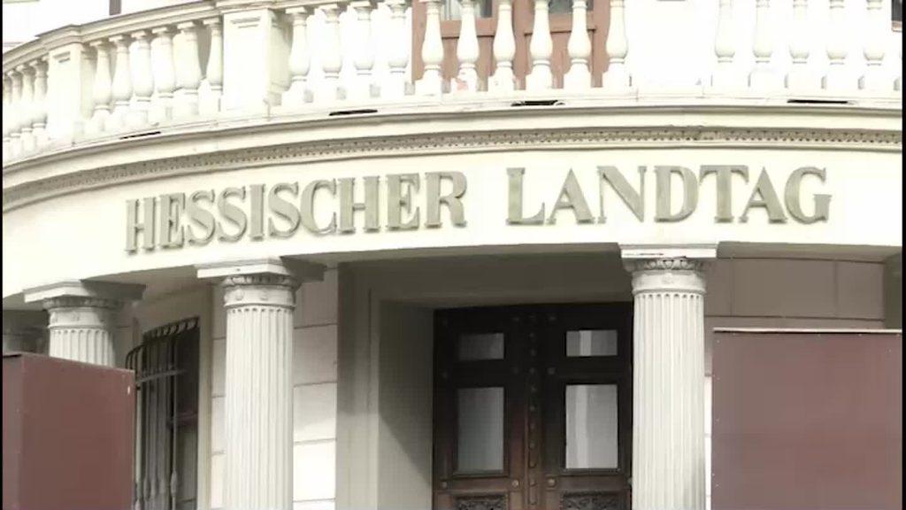 Hessen feiert Geburtstag mit Lightshow am Landtag