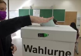 Schulstunde für zukünftige Wähler