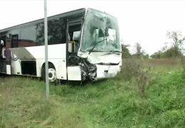 Viele verletzte Kinder bei Busunfall in Frankfurt