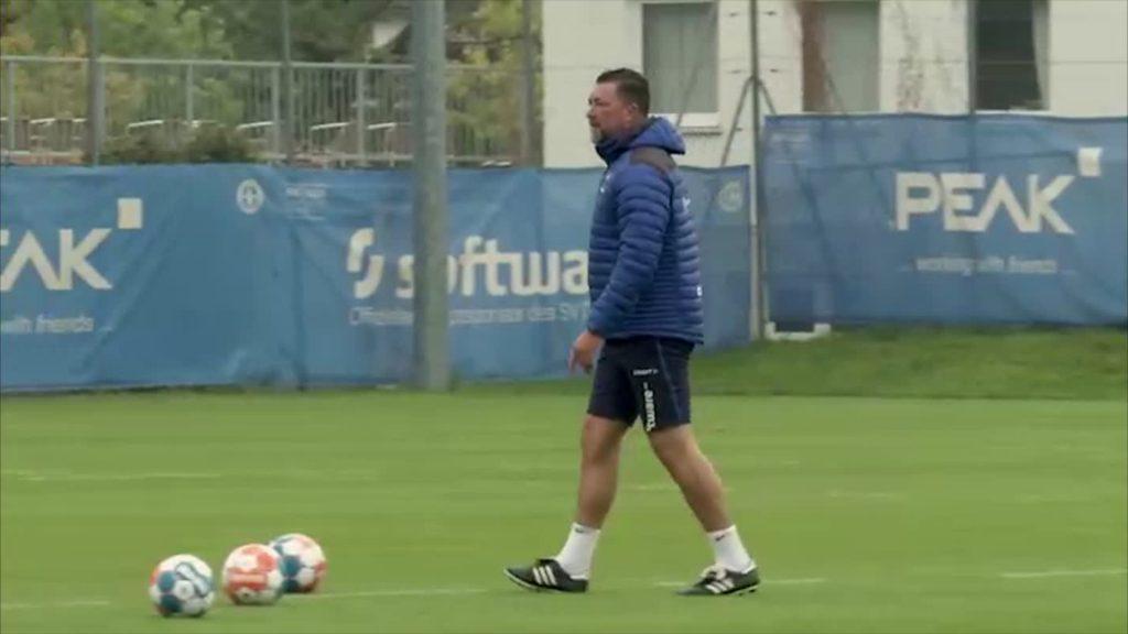Dimo Wache zurück auf dem Trainingsplatz